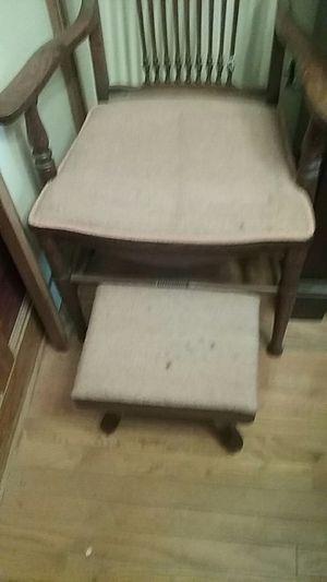 Antique oak chair for Sale in Philadelphia, PA