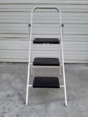3 Step Stool Ladder for Sale in Fresno, CA