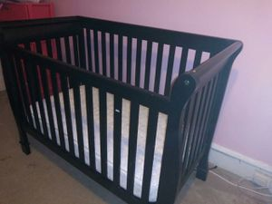 Baby Crib -$100 or MAKE AN OFFER for Sale in Philadelphia, PA