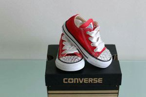 Red custom bling converse for Sale in Columbus, OH