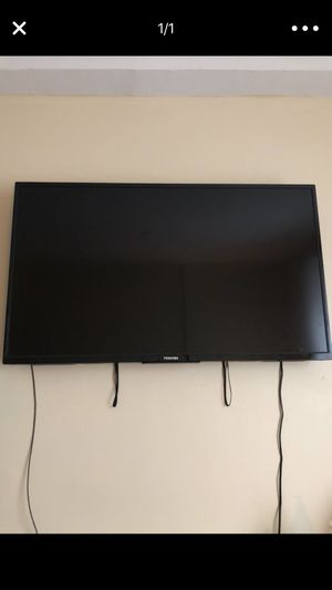 50' Toshiba Smart TV for Sale in Detroit, MI