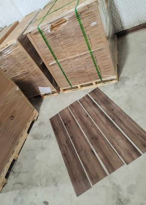 Luxury vinyl flooring!!! Only .65 cents a sq ft!! Liquidation close out! XFMMA for Sale in El Paso, TX