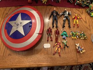 13 Lot Of Marvel Comic Items for Sale in Albuquerque, NM