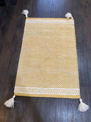 2x3 rug for Sale in Rancho Cucamonga, CA