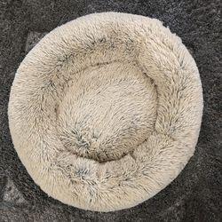 "Best Friends by Sheri The Original Calming Dog Bed Shag Fur Medium 30""x30"" Machine Washable for Sale in Port Charlotte,  FL"