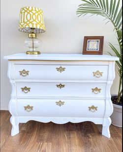 Circa 1920s Vintage Dresser FREE DELIVERY for Sale in Fullerton,  CA