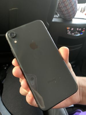 iPhone XR for Sale in Houston, TX