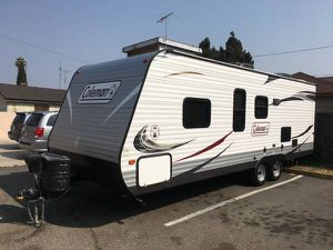 2014 Coleman travel trailer 27ft for Sale in San Lorenzo, CA