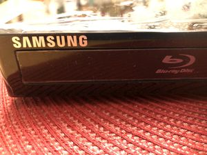 SAMSUNG BLU-RAY, DVD AND CD 1080P PLAYER for Sale in NEW CARROLLTN, MD
