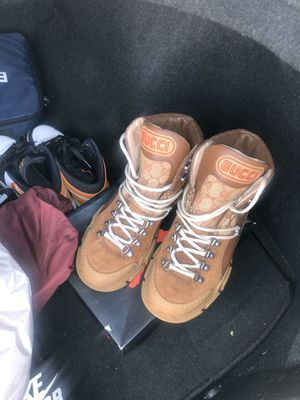 Gucci boots authentic size 7.5 for Sale in Oakland, CA