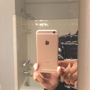 Rose Gold Iphone 6s for Sale in Lexington, SC