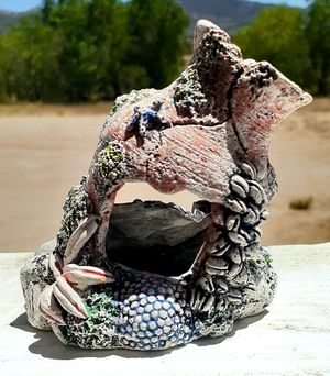 Sunken Pottery Ruins Fish Tank Decor for Sale in Hemet, CA