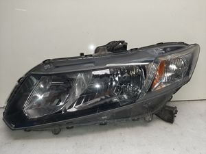 2013 2014 2015 civic headlight left side. for Sale in Lynwood, CA