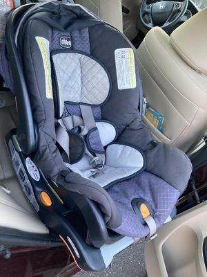 Chico bravo trial travel system(excellent condition) for Sale in Manchester, CT