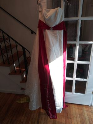 Beautiful Wedding Dress!!! for Sale in Detroit, MI