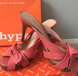 HYPE slip on pink sandals sz 8 for Sale in Dunwoody, GA