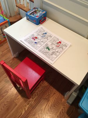 Kids desk and chair for Sale in Redmond, WA