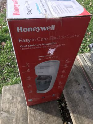 Honeywell Cool Moisture Humidifier for Sale in Warren, OH