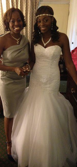 Beautiful wedding dress for Sale in Monroe Township, NJ