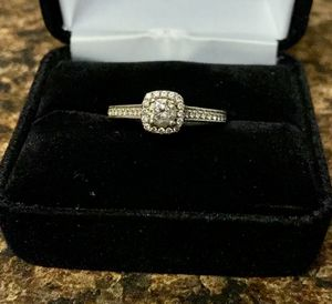 Engagement ring and wedding band set for Sale in Inman, SC