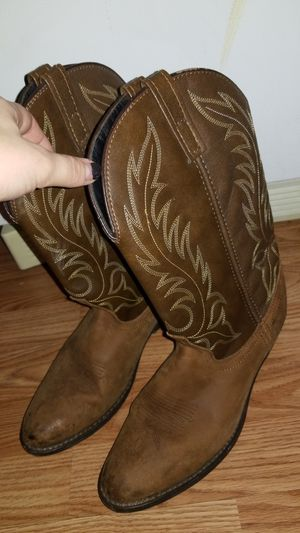 Cowgirl boots for Sale in Scottsville, VA