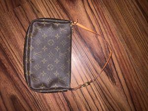 New Louis Vuitton shoulder bag for Sale in NJ, US
