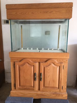 65 Gallon All Glass aquarium and oak stand for Sale in Cincinnati, OH