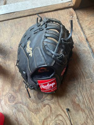 Rawlings baseball softball glove for Sale in East Los Angeles, CA