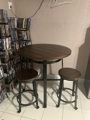 Counter round dining set for Sale in Orlando, FL