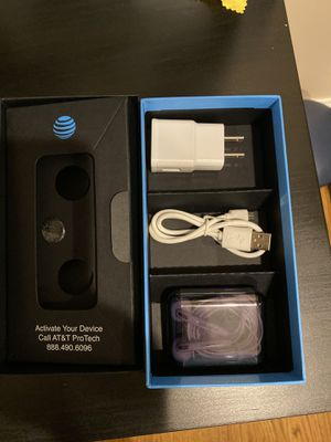 Samsung Galaxy s7 edge worldwide unlocked with cases !! for Sale in Bayonne, NJ