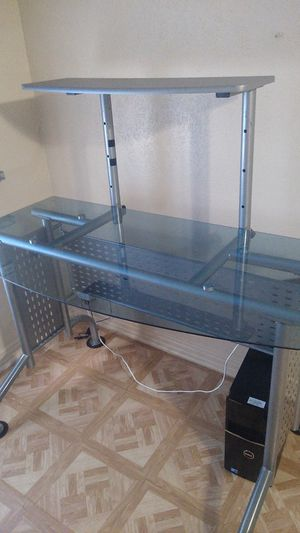 Glass computer desk for Sale in Fort Worth, TX