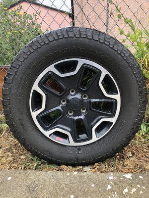 Jeep jk hard rock edition wheel for Sale in Hawthorne, CA