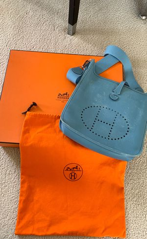 Authentic Hermes Evelyne - Large/GM bag for Sale in Irvine, CA