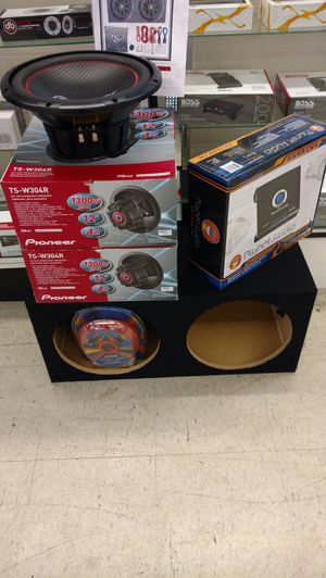 Pioneer/Kenwood/KICKER complete car audio system new for Sale in Houston, TX