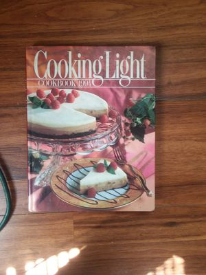 Cookinglight cookbook 1994. for Sale in Kingsport, TN