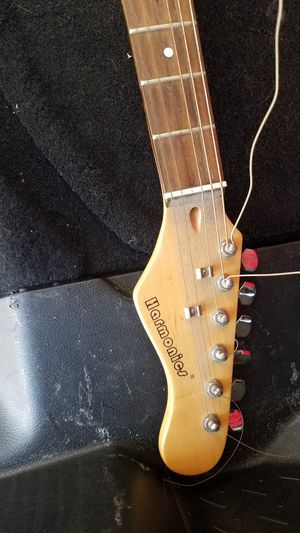Electric guitar for Sale in Chino Hills, CA