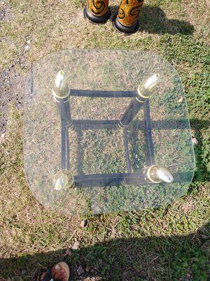 Antique mini table for Sale in Harlingen, TX