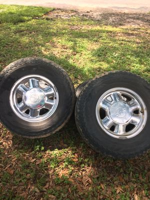 4 tires for gmc/ both rim and tires for Sale in Houston, TX