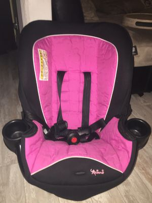 Toddler Girl Minnie Car Seat - Barely Used for Sale in Brooklyn, NY