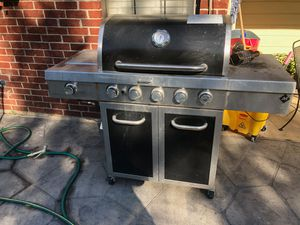 Two bbq grills for Sale in Fort Worth, TX