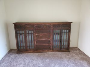 Book shelf dresser for Sale in Fresno, CA