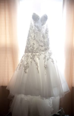Allure wedding dress-make me an offer for Sale in Houston, TX