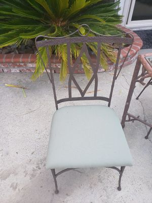 Iron Outdoor Table Set for Sale in Lakewood, CA