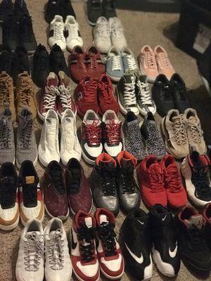 Men's Shoe Bundle sz 8-9.5 30 pairs for Sale in Phoenix, AZ