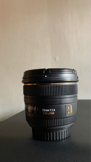 Sigma Lens EX 50mm 1.4 for Sale in Los Angeles, CA