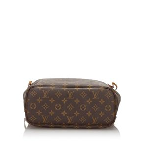 Loui Vuitton Bag for Sale in Moreno Valley, CA