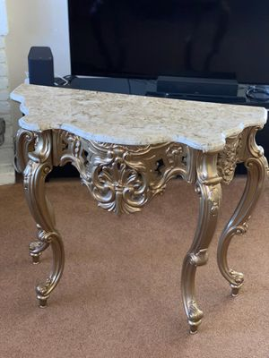 Entry Table w/ Mirror Frame for Sale in Union City, CA