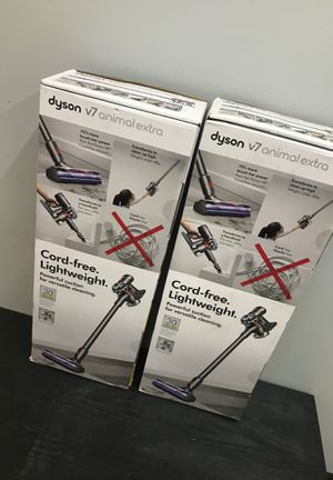 Dyson V7 animal extra cord free vacuum for Sale in Houston, TX