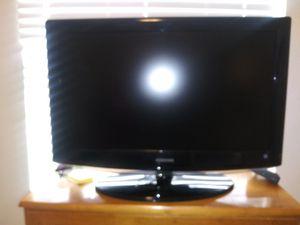 32 inch Samsung TV for Sale in Phoenix, AZ