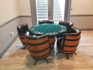 Antique real whiskey barrel table and chairs for Sale in Bowie, MD